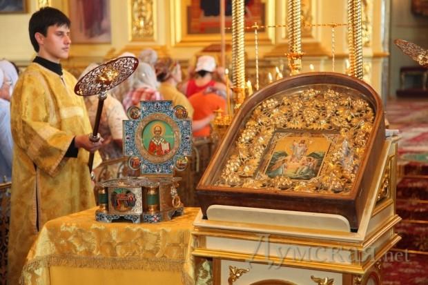 В одессе ковчег с мощами святителя николая
