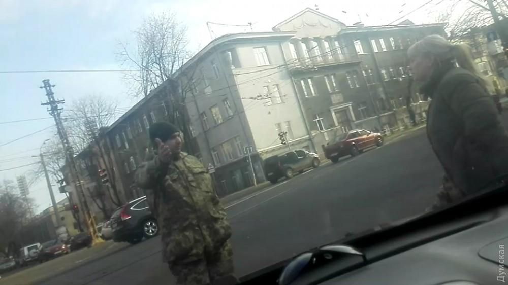В Одессе сотрудники военкомата похитили студента с пар