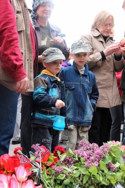 40 кадров: как одесситы поминали погибших 2 мая на Куликовом, фото-13