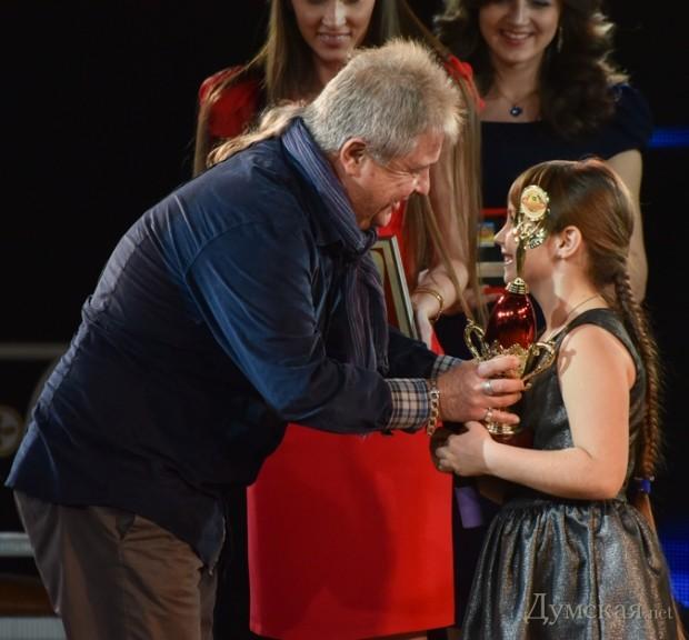 Юный талант года Анна Ткач, победительница телевизионного проекта «Голос країни. Діти»
