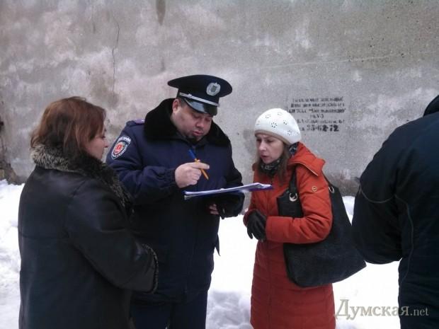 Милиционеры не скрывали своих симпатий к жильцам дома