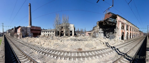 Место обрушения старых корпусов. Стены уже демонтированы