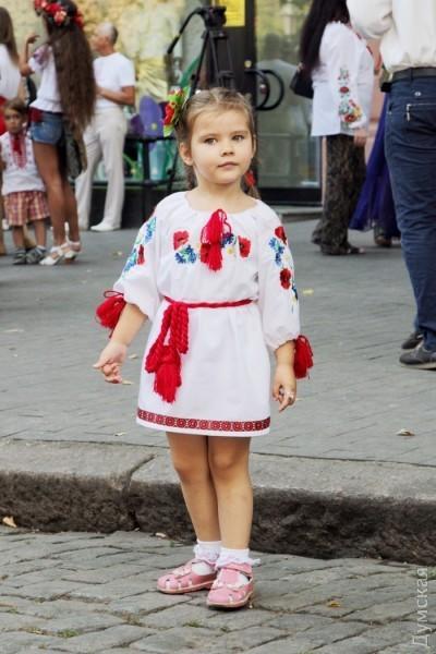 Марш в вышиванках прошел в центре Одессы - Цензор.НЕТ 1989
