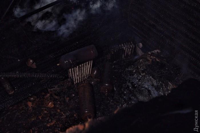 газовые баллоны на месте пожара