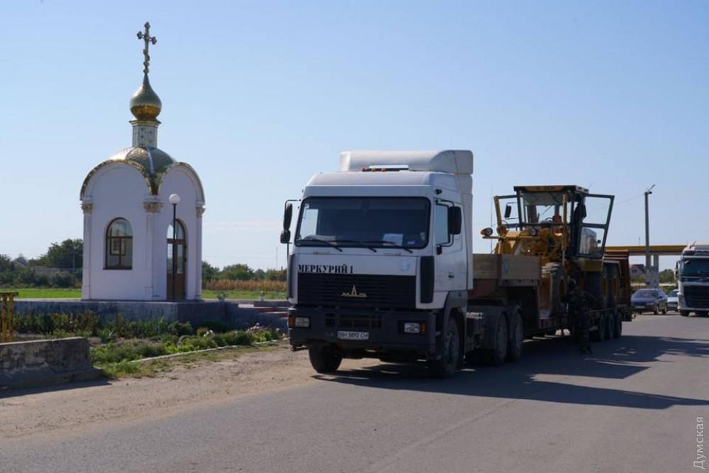 Блокада трассы Кучурган-Подольск: прибыла первая дорожная техника, но протест продолжается