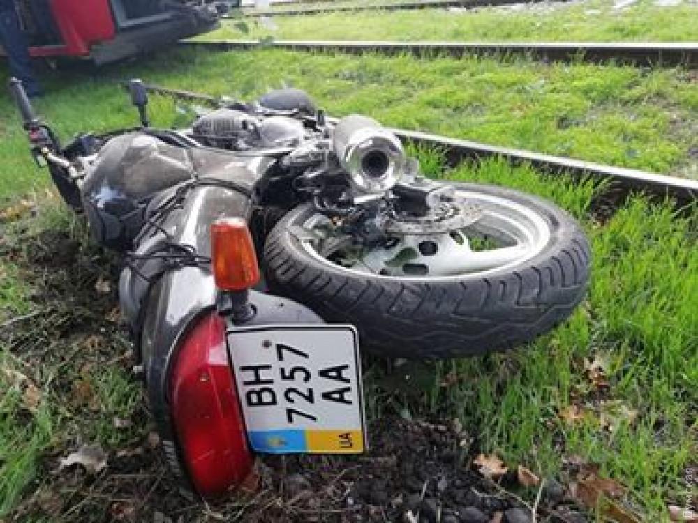 В ДТП на поселке Котовского погиб 25-летний байкер: полицию ждали три часа