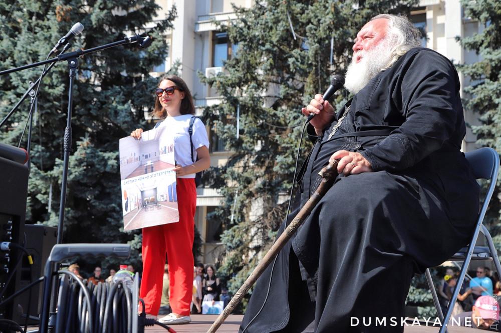 Отец Александр Чумаков