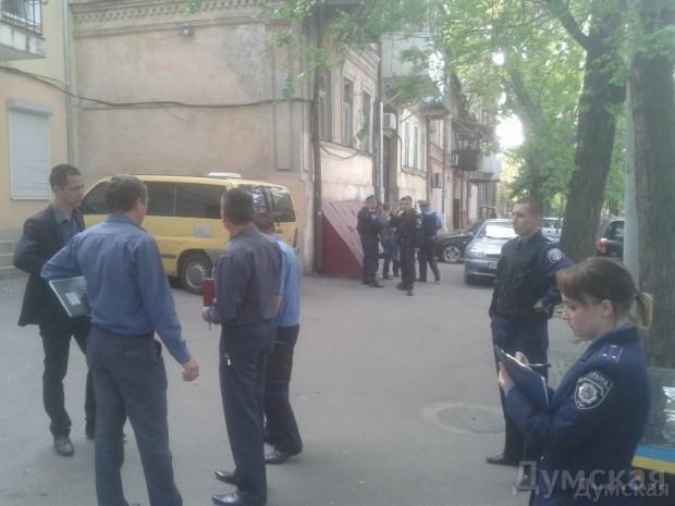 У штаба «Свободы» в Одессе взорвалась петарда: партия назвала происшествие «терактом», фото-1
