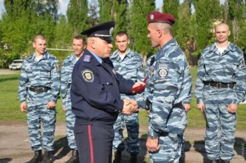 """Одесский """"эколог"""" и бойцы """"Беркута"""""""