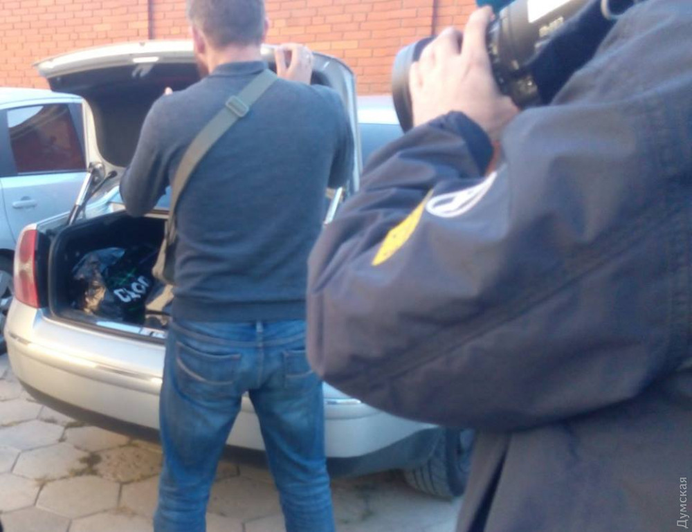 СБУ провела обыски в Службе автодорог Одесской области: дорожники говорят, что это из-за предшественников
