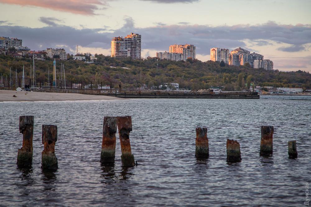 Редкие кадры из Одессы: Черное море отступило от берегов