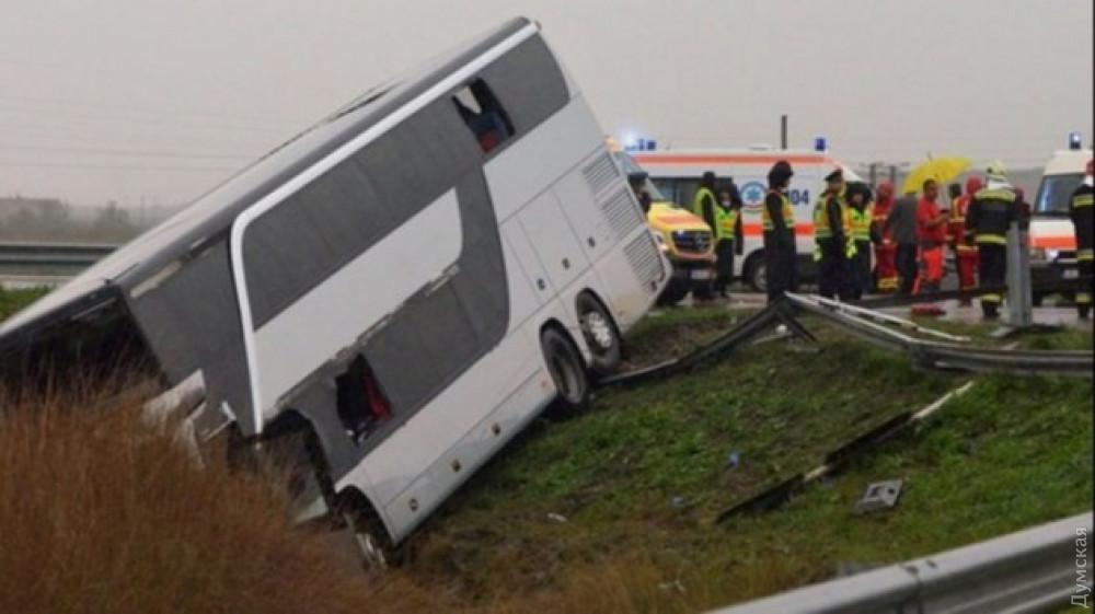 В Румынии перевернулся пассажирский автобус, следовавший в Одессу: есть пострадавшие