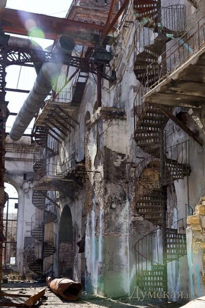 Ажурные винтовые лестницы уцелели