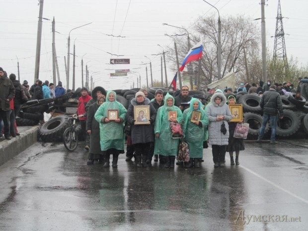 Жители Славянска помогают силовикам и просят скорее их спасти, - боец Нацгвардии - Цензор.НЕТ 6153