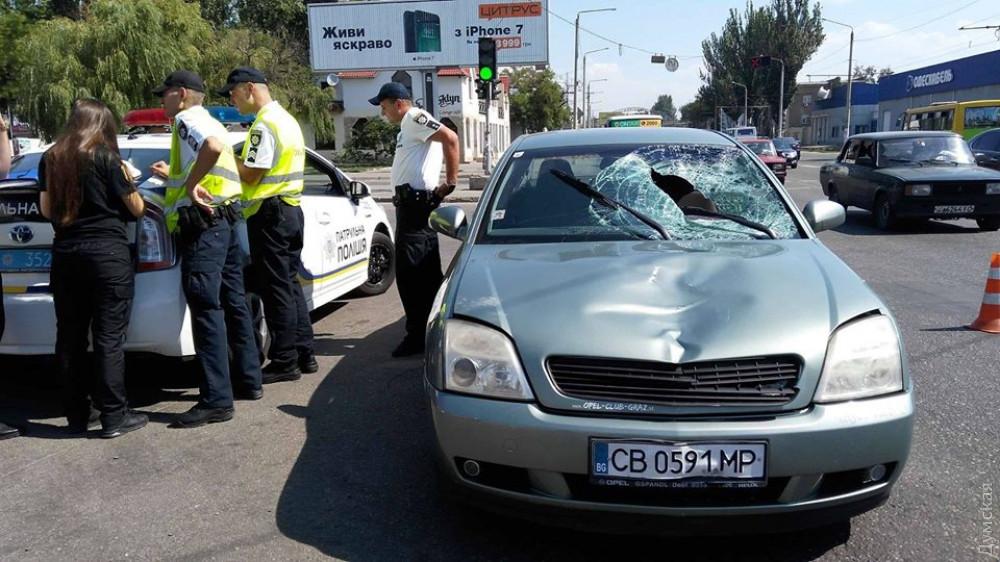 Гонщик на евробляхах, ставший виновником смертельного ДТП в Одессе, остается на свободе