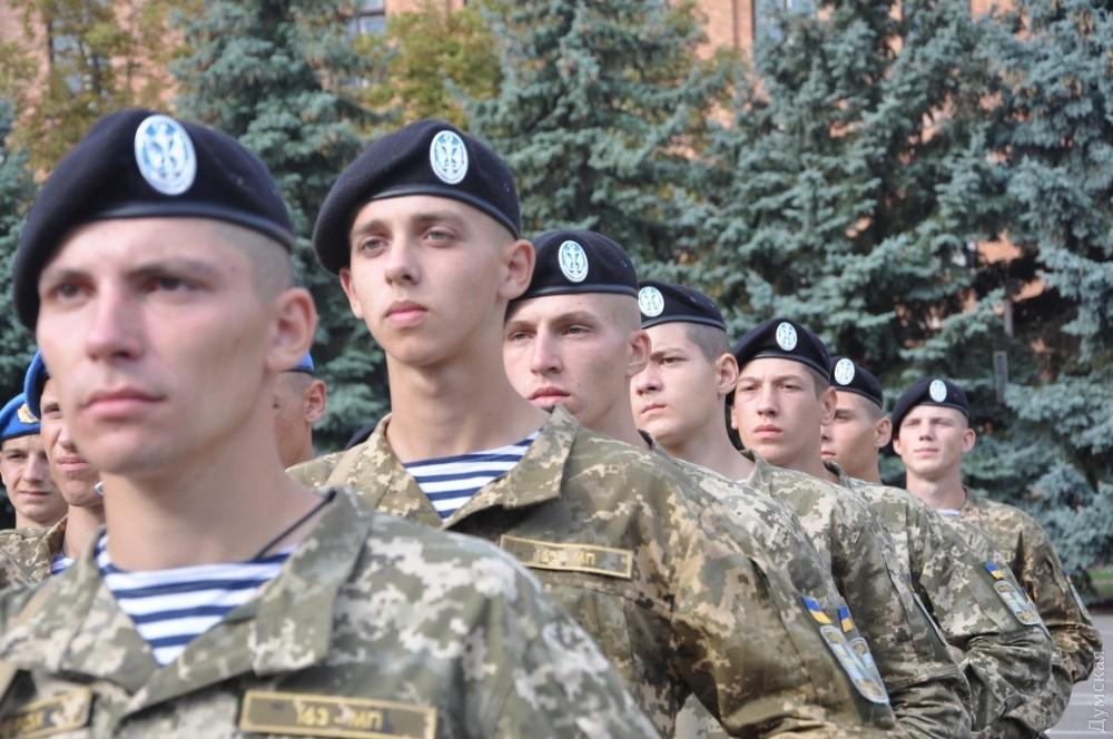 Будущие офицеры ВМС приняли военную присягу вОдессе