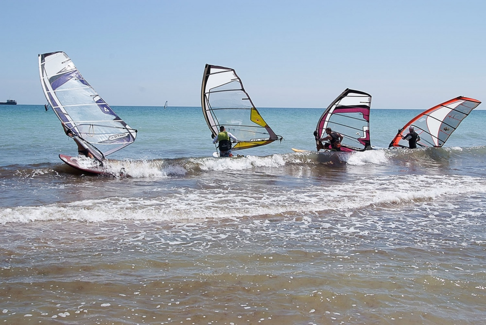 Улет Windsurf School