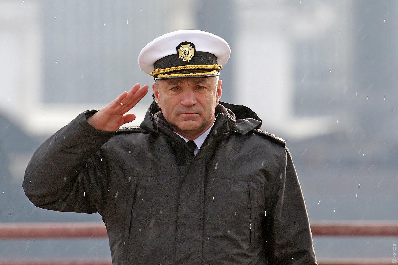 Командующему Военно-морскими силами Украины предложили почетную отстав
