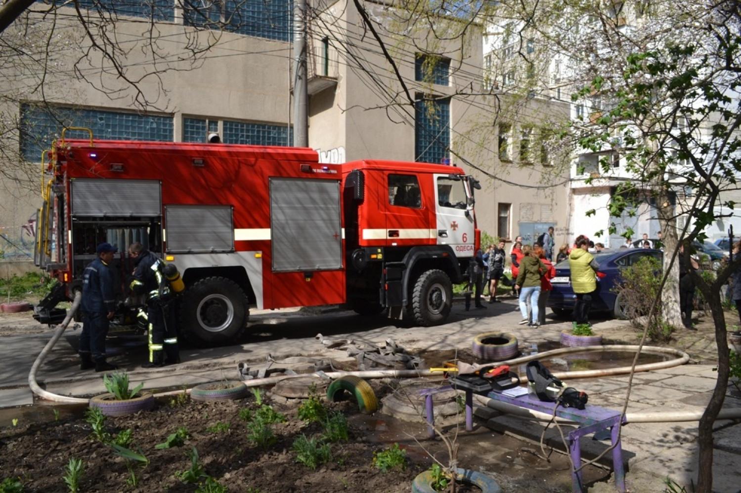 ВОдессе при тушении пожара отыскали тело ребенка