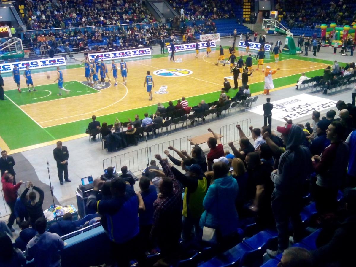 «Будивельник» и«Днепр» сыграют вфинале Кубка Украины