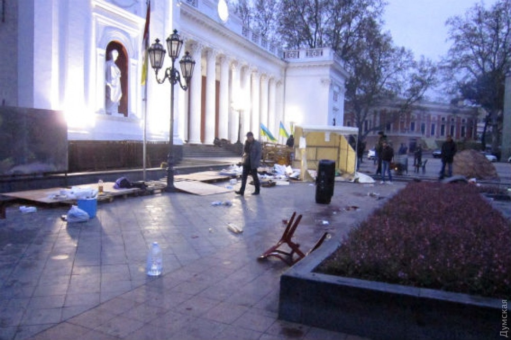 Нападение напалаточный городок вОдессе: пятеро задержанных