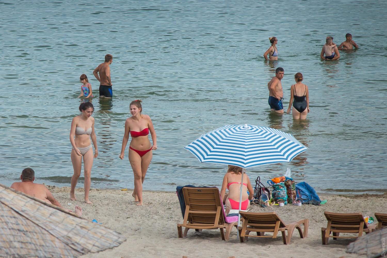 Сколько стоит лежак: платные пляжи Одессы в этом районе не такие 21