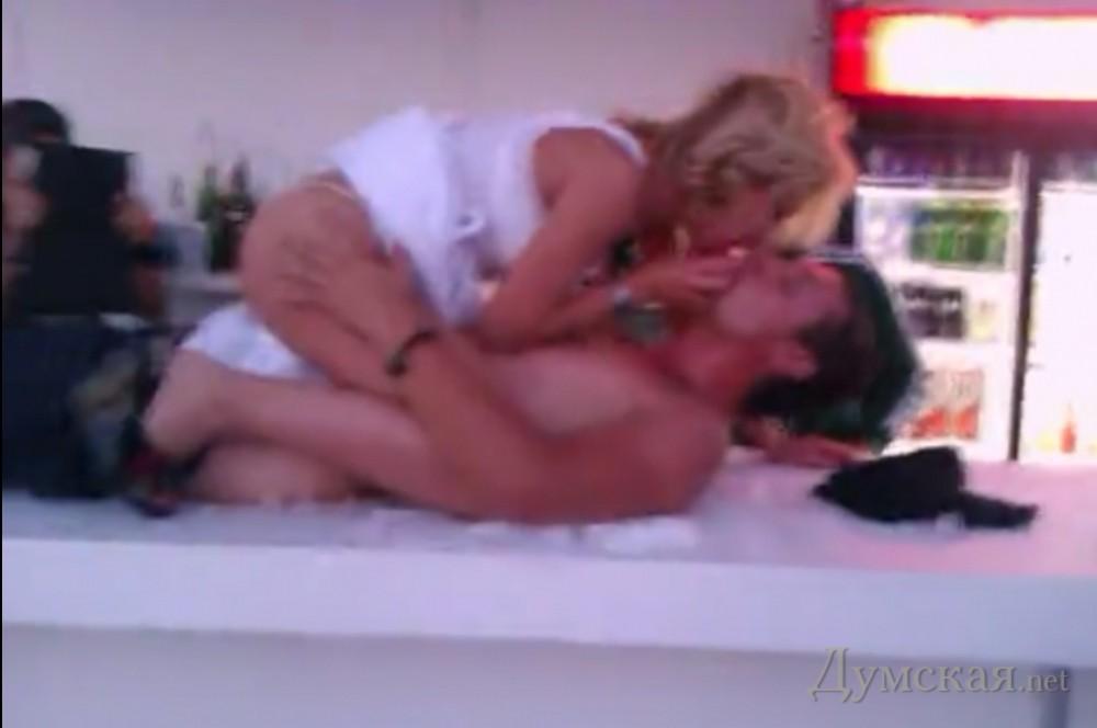 Скандальный клуб порно 16 фотография