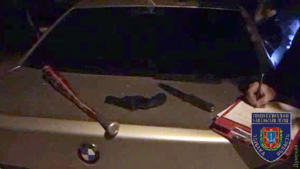 Милиция задержала вОдессе 2-х сутенеров сбитами ипистолетом