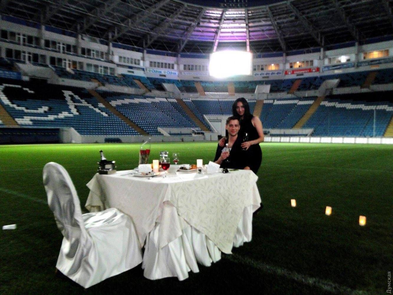 Качество пикап романтический ужин в интимной обстановке покажите