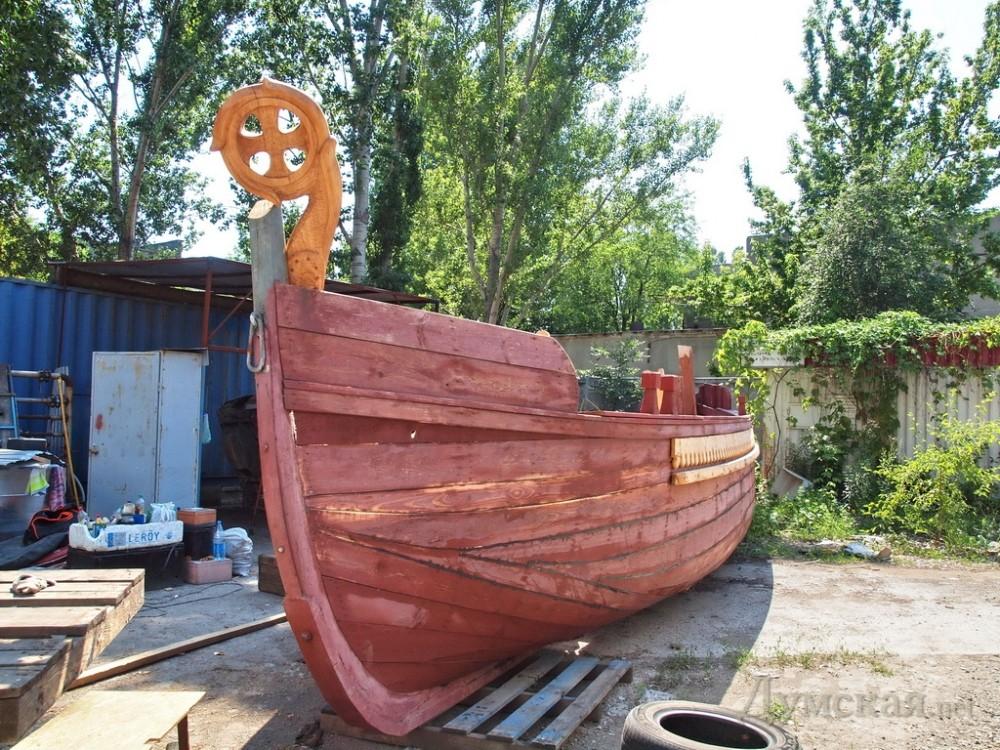 деревянные ладьи и лодки