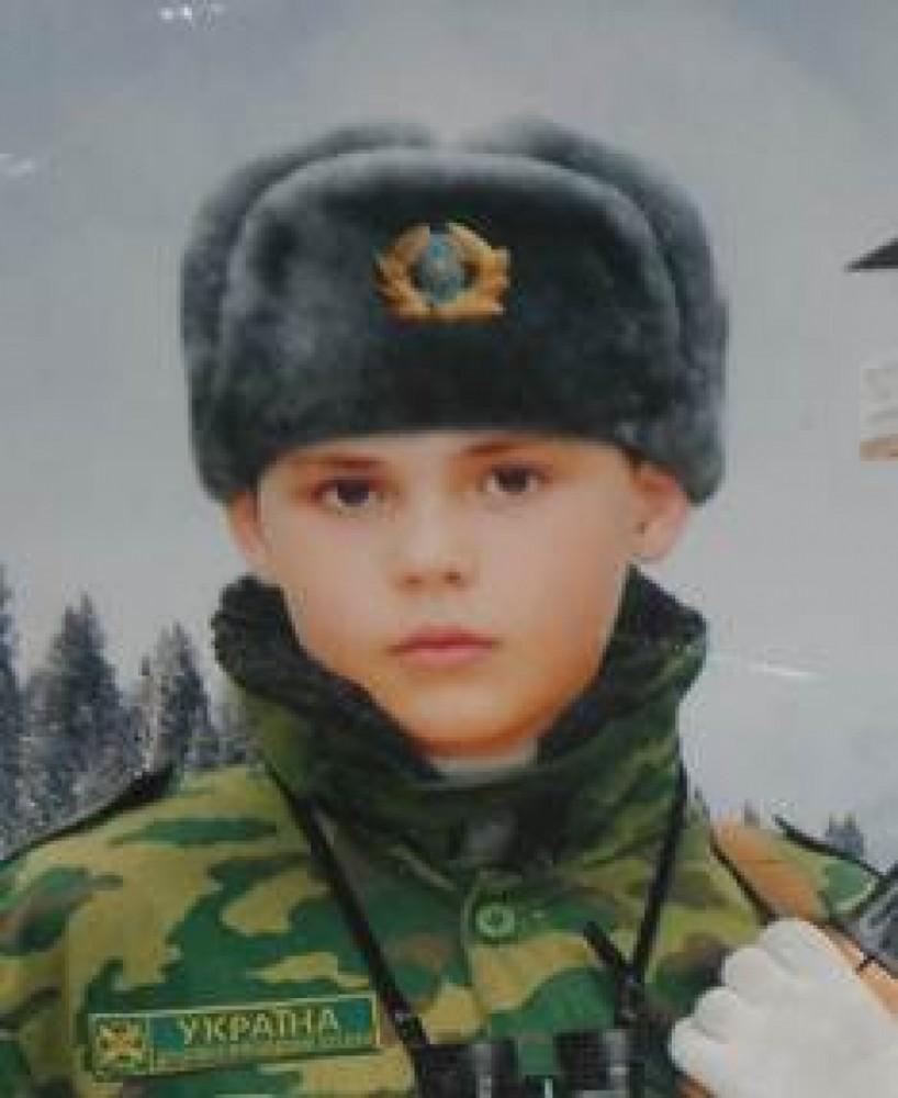 Пацан в солдатской форме фото 46-861