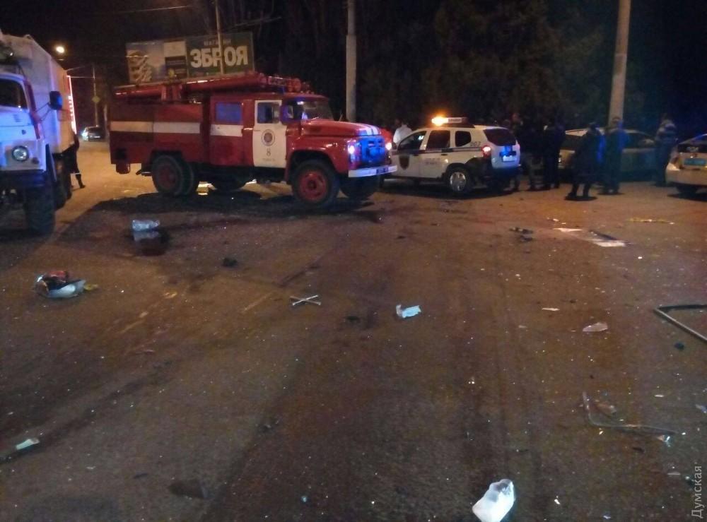 Семь человек пострадали вмасштабной трагедии вОдессе