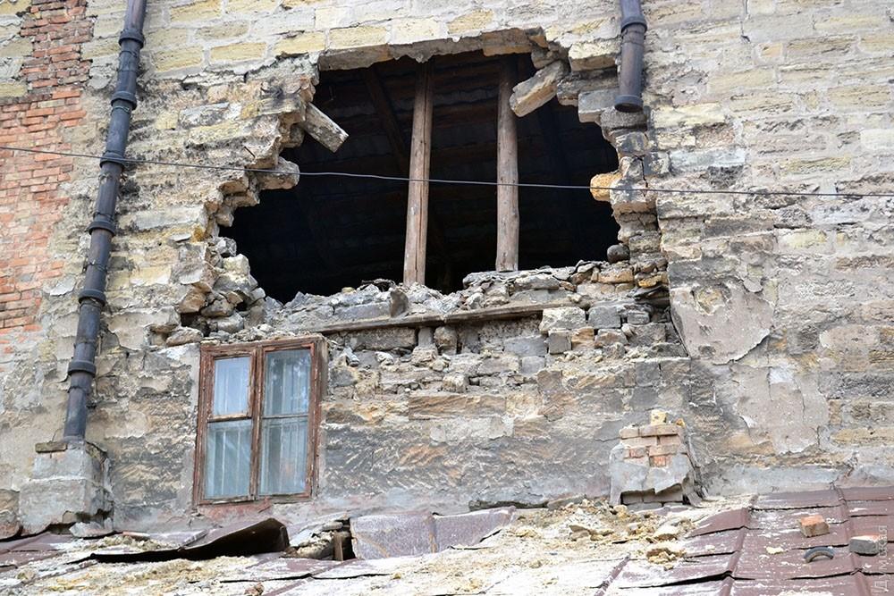 ВОдессе рухнула часть дома