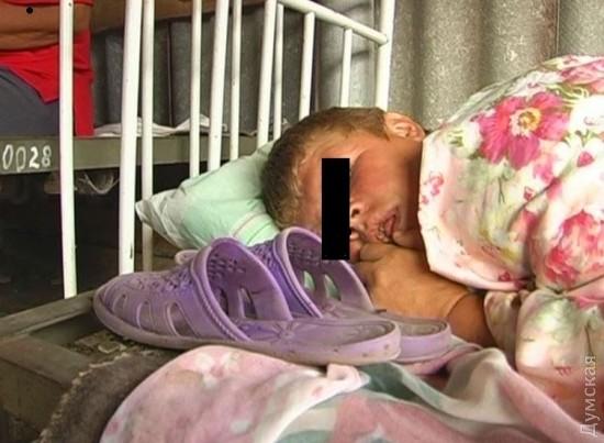 a0-1486666743 Подопечных психоневрологического интерната в Саратском районе продолжают содержать в нечеловеческих условиях