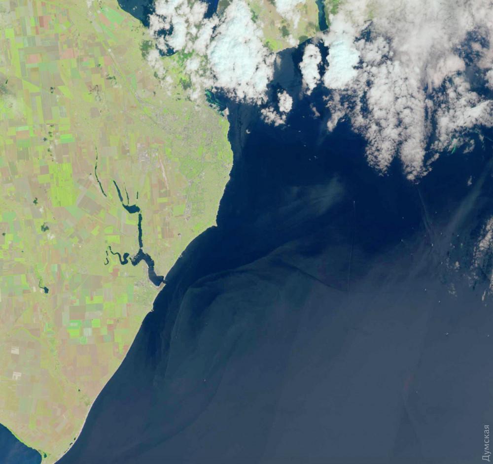 13 июня, спутниковый снимок