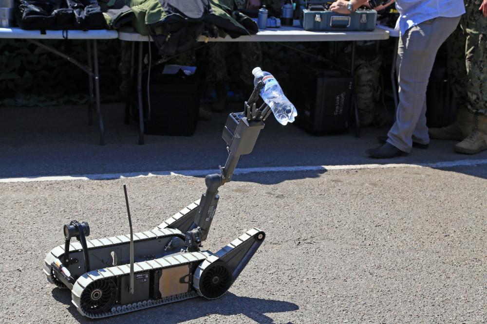 Американский робот для разминирования