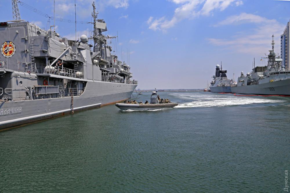 """Учения """"Си Бриз-2019"""": международная корабельно-катерная группа отработала конвоирование и провела учебные стрельбы - Цензор.НЕТ 6351"""