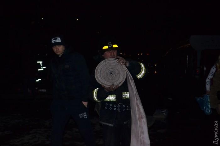 picturepicture_20061230138984_66581 Спасатели сообщили подробности масштабного пожара на поселке Котовского в Одессе