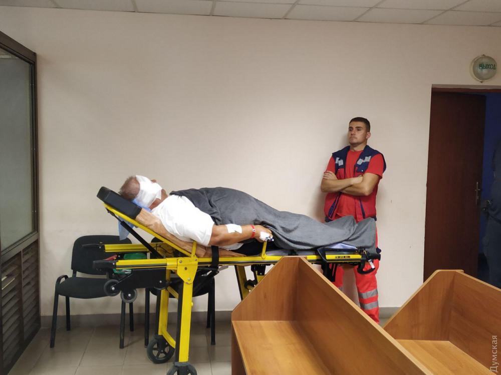 Под Одессой «Мерседес» сбил насмерть продавца арбузов и покупательницу: за рулем был экс-депутат