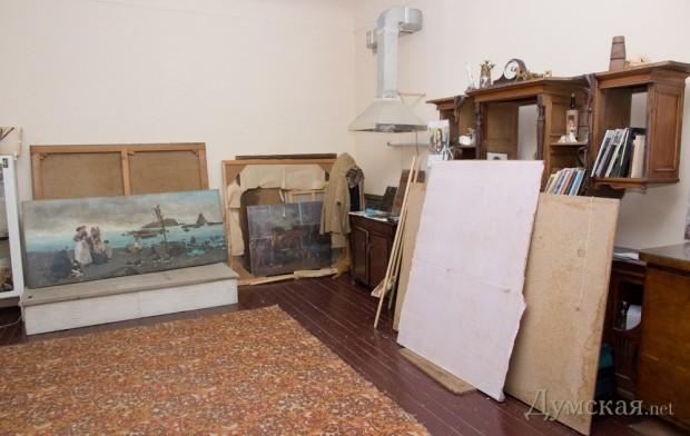 В реставрационной мастерской музея