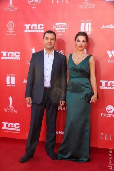 Секретарь городского совета Алексей Потапский с женой. Ниче так
