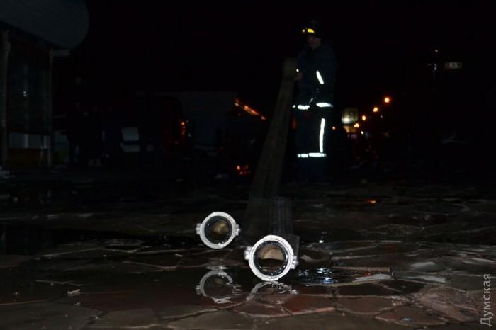 picturepicture_74488568139004_8108 Спасатели сообщили подробности масштабного пожара на поселке Котовского в Одессе