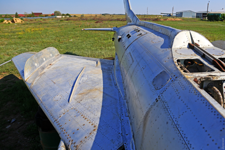 """Правая консоль МиГ-19ПМ, сделанная """"с нуля"""" одесскими реставраторами"""