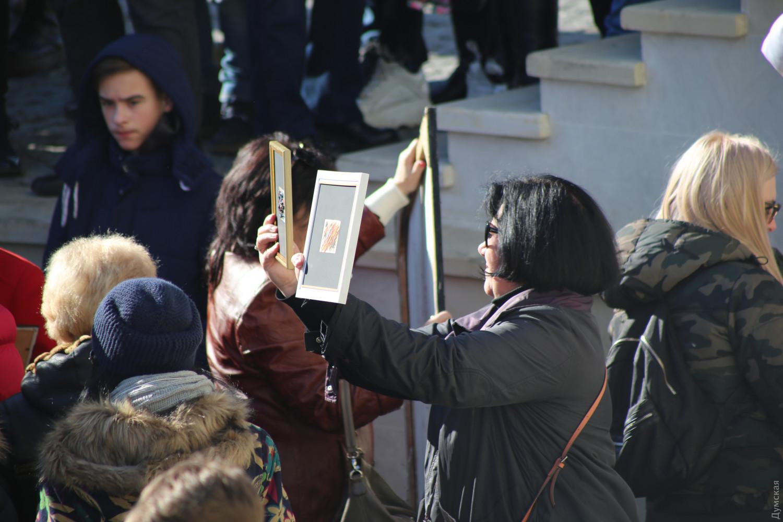 """""""Вірус жадібності і жлобства"""": в центрі Одеси влаштували тисняву через халяви"""