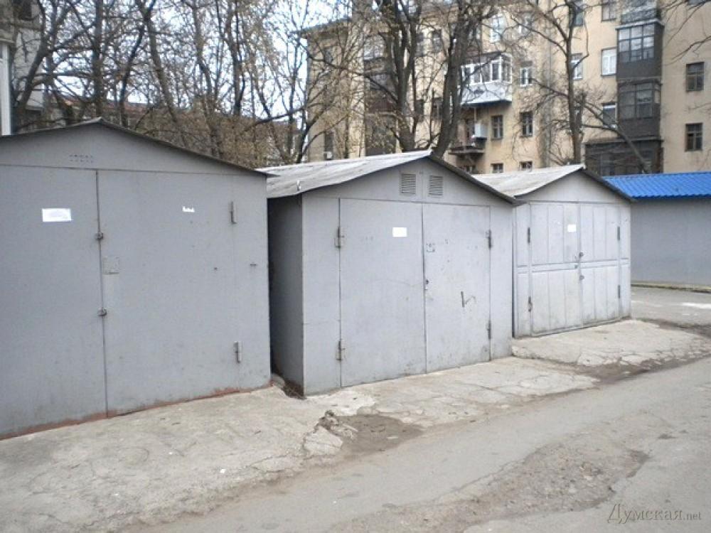Серый металлический гараж фото купить гараж рубежное луганской области