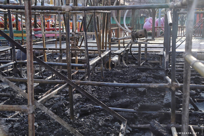 Пожар в Одессе: сгорело два аттракциона - 4