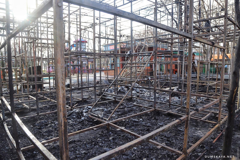 Пожар в Одессе: сгорело два аттракциона - 2