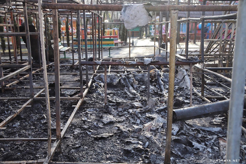 Пожар в Одессе: сгорело два аттракциона - 3