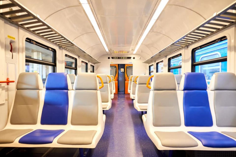«Укрзалізниця» презентовала первый пригородный инклюзивный поезд  , фото-6