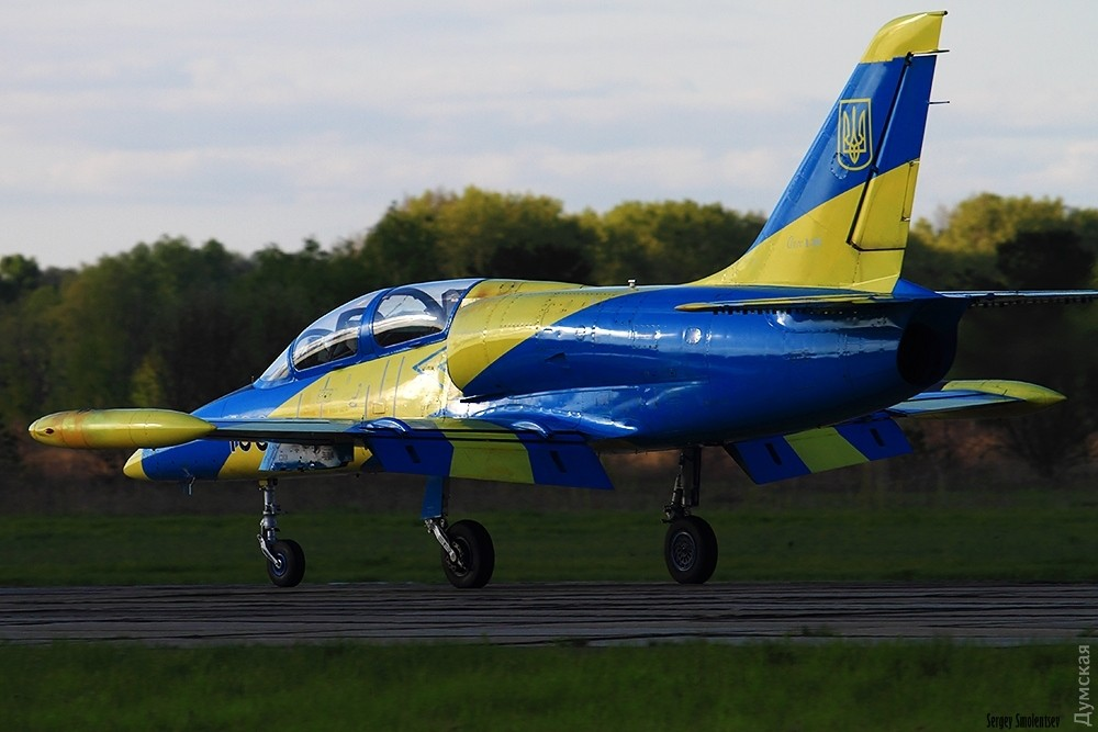 фото украина самолет блогер или